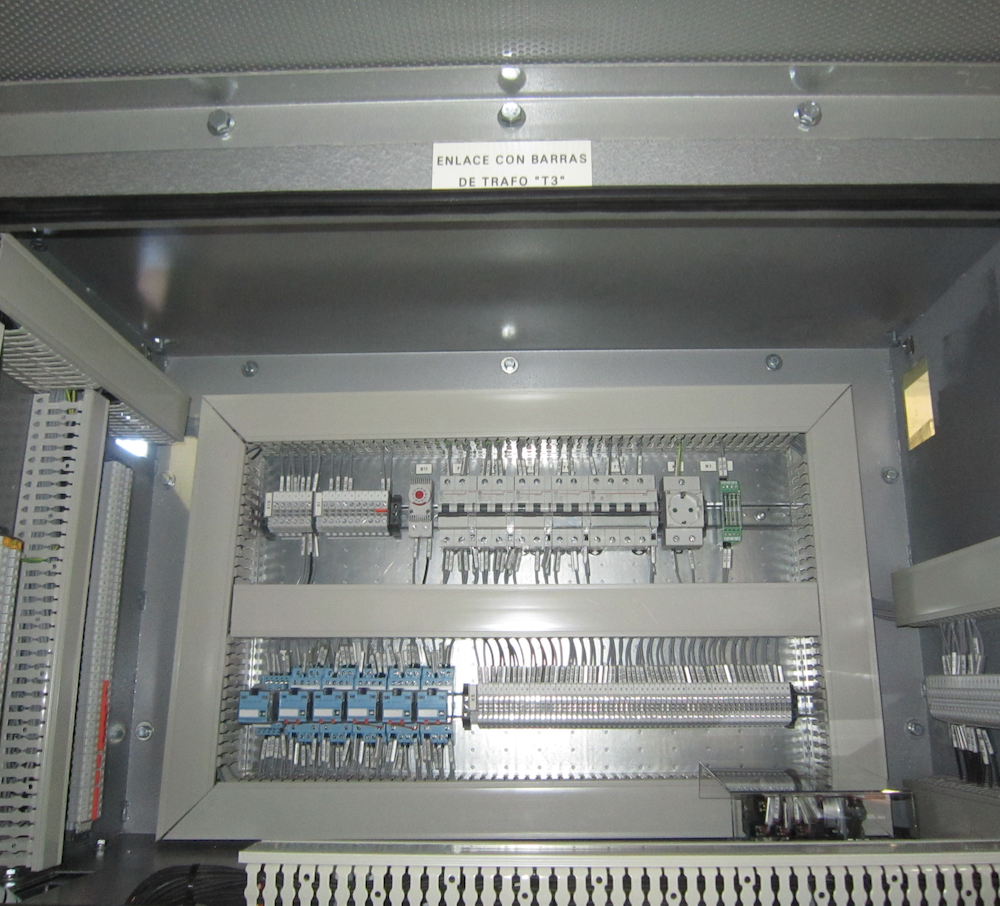 Celdas con interruptores de potencia